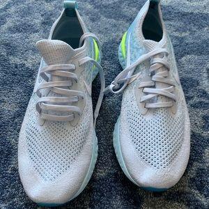 Nike Epic React Flyknit Running Shoe - Women's 9
